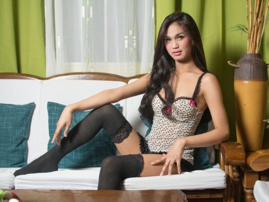 Live tranny cam Asian babe