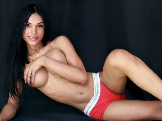 Live tranny Latina cam chat
